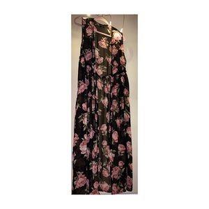 sheer floral sleeveless maxi vest✨